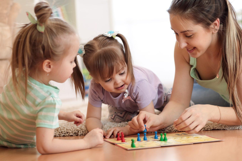 Zręcznościowe gry planszowe dla dzieci