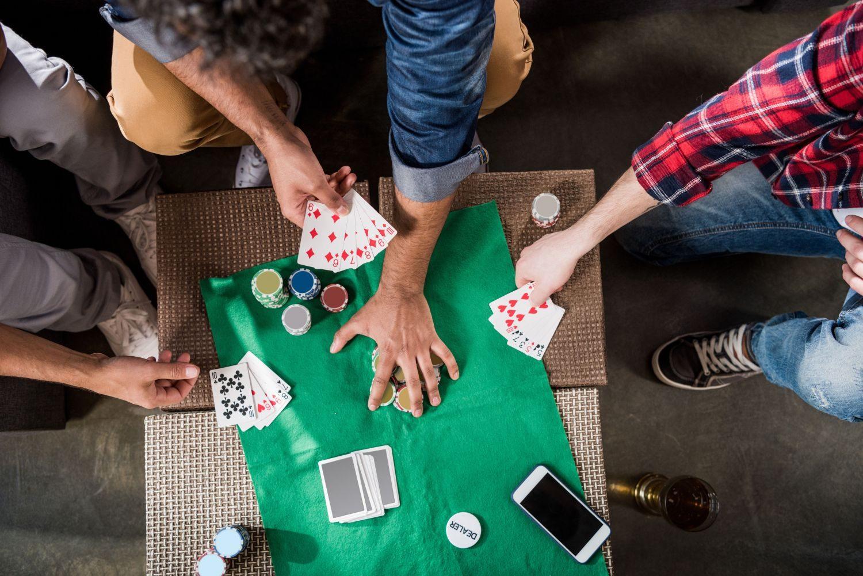 Karciane gry zespołowe